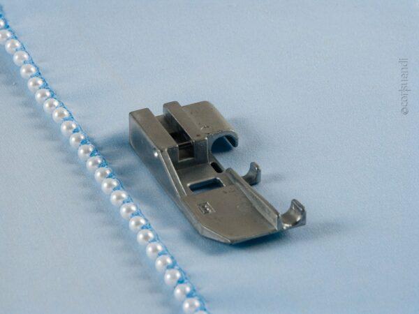Perlen- und Paillettenfuss