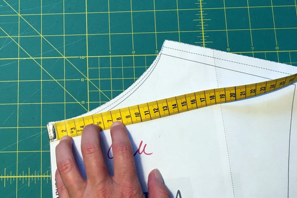 Umfang Halsausschnitt messen