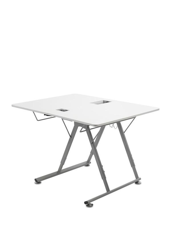 Bernina Q 16 Quiltmaschine Tisch aufgeklappt